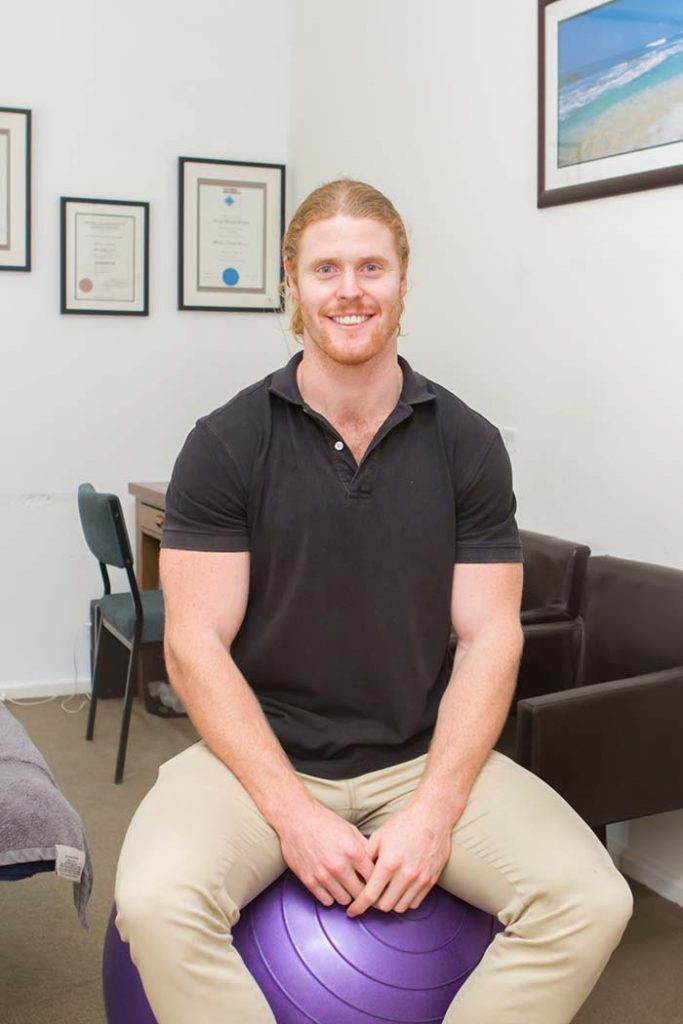 Local Osteopath - Brent Linley is an osteopath at Brighton Osteo Clinic in Brighton VIC